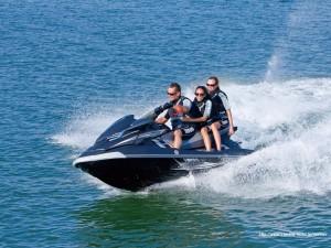 水上バイク免許(特殊小型船舶免許)